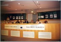 Conferenza stampa del Forum Asie Democratie. Da sinistra: Erkin Alptekin, Niet (Vietnam), Cai Chongw, Wei Jingsheng, Olivier Dupuis, Vo Van Ai, Vanida