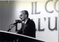 Gianni Lanzinger (già deputato dei Verdi, membro del Consiglio Federale del PR), alla tribuna del 3° Congresso Italiano del PR.