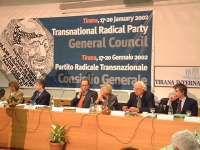 Consiglio Federale del PR. Da sinistra: Ermelinda Meksi (Ministro albanese per gli Affari Economici), Pandeli Majko (Ministro della Difesa - Albania),