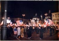 Manifestazione pro-USA di Forza Italia a piazza del Popolo.
