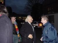 Marco Pannella all'uscita dalla stazione di polizia di Stockport, dopo un'azione di disobbedienza civile (distribuzione di hashish). Marco Pannella Ma