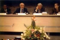 Conferenza di Amsterdam per il tribunale penale internazionale. Da sinistra: Pakiso Mochochoko (membro della commissione preparatoria per la creazione