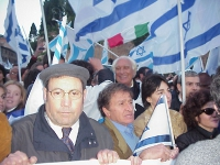 Marco Pannella partecipa al corteo dell'Israel Day.
