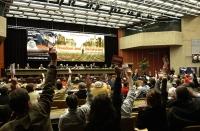 38° Congresso del PR. Vista della platea nel corso di una votazione.