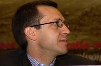 Benedetto Della Vedova (primo piano, sullo sfondo del banner del 38° Congresso del PR).