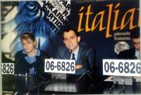 Conferenza stampa presso la sede di Torre Argentina, con Rita Bernardini, Roberto Giachetti (deputato della Margherita), Daniele Capezzone.