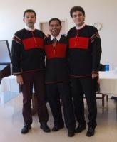 Marco Perduca, Kok Ksor (leader dei Montagnards) e Matteo Mecacci, indossa il costume dei Montagnards, nel corso di un incontro pubblica con membri de