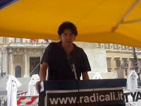 Marco Cappato partecipa alla maratona oratoria, al presidio radicale davanti a Montecitorio, per il ritorno della Camera dei Deputati alla legalità co
