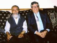 Tanak Jigme Sangpo, il più anziano prigioniero politico cinese, liberato e rifugiato negli Stati Uniti.