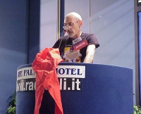 Carlo Manera (FUORI!) interviene al Primo Congresso dei Radicali Italiani.