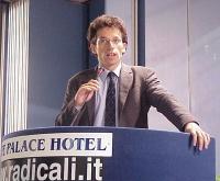 Yasha Reibman interviene al Primo Congresso dei Radicali Italiani.