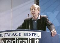 Paolo Pietrosanti interviene al Primo Congresso dei Radicali Italiani.