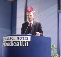 Roberto Baietti interviene al Primo Congresso dei Radicali Italiani.