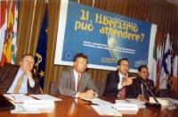 """Convegno: """"Un anno di politica economica del Governo Berlusconi: IL LIBERISMO PUÒ ATTENDERE?"""" presso l' Ufficio per l'Italia del Parlamento europeo. D"""