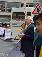 Manifestazione del Partito Radicale Transnazionale in occasione dell'incontro fra il presidente della Commissione Europea Romano Prodi e il primo mini