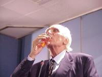 Primo Congresso dei Radicali Italiani. Marco Pannella, al quinto giorno di sciopero della sete per il ripristino del plenum costituzionale alla Camera