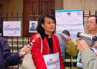 """Vanida Thephsouvanh, presidente del Movimento Lao per i diritti umani, partecipa  alla manifestazione in occasione del terzo anniversario del """"Movimen"""