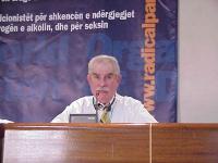 38° Congresso, II sessione. Commissione sull'antiproibizionismo. Arnold Trebach, presidente della Trebach foundation, presidente della Lega Internazio