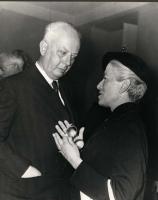 Leopoldo Piccardi e Nina Ruffini. In secondo piano, di profilo, a destra, il filosofo Guido Calogero.