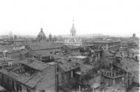 Veduta dei tetti di Roma che si gode dalla torretta della sede del PR di via di Torre Argentina (BN)