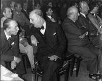 ???, Bruno Villabruna, Arrigo Olivetti, Nicolò Carandini, Eugenio Scalfari.