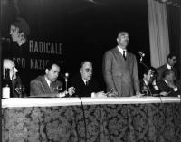 Primo Congresso Nazionale del PR. Arrigo Olivetti, Mario Leone, Franco Libonati, Leone Cattani, Adolfo Gatti, ???. Ultimo a destra, in piedi: Sergio B