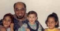 Hamadi Jehali, detenuto politico in Tunisia, insieme alla sua famiglia.