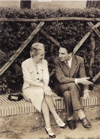 Marco Pannella con Elena Alberto Carandini, moglie del leader liberale Nicolò Carandini.