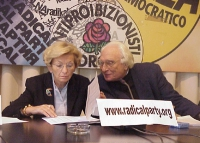 Emma Bonino e Marco Pannella, nel corso della conferenza stampa sull'appello di Pannella per un Iraq libero.
