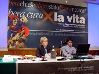 Primo Congresso dell'Associazione Luca Coscioni per la libertà di ricerca scientifica. Al tavolo di presidenza, Rita Bernardini e Luca Coscioni.