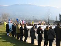 Manifestazione al cimitero inglese, per un Iraq libero e democratico.
