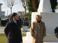 Manifestazione al cimitero inglese, per un Iraq libero e democratico. Daniele Capezzone ed Emma Bonino.