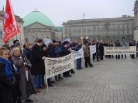 Manifestazione contro il genocidio in Cecenia, e per l'apertura di negoziati fra autorità russe e cecene.