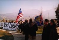 Manifestazione al cimitero inglese, per un Irak libero e democratico.