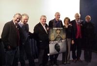 """Foto di gruppo in occasione della proiezione in anteprima del film sulla pena di morte: """"The life of David Gale"""" di Alan Parker. Da sinistra: Remo Gir"""