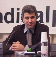 Amin Baktiar (director of International Alliance for Justice) partecipa alla conferenza stampa, presso la sede di Torre Argentina, con membri dell'opp