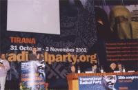 38° Congresso, II congresso. Alla tribuna: Arben Xhaferi. Al tavolo, da sinistra: Adem Demaci, Daniele Capezzone, Marco Pannella, Nikolaj Khramov.