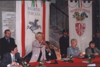 "Emma Bonino riceve il ""premio Firenze""."