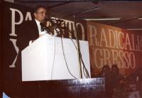 Enzo Tortora alla tribuna del 30° Congresso.