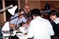Enzo Tortora, Mauro Mellini e Maria Teresa Di Lascia, all'interno degli studi di Radio Radicale.