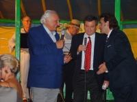 Marco Pannella riceve il premio Matto 2003. Nella foto: Pannella, Oliviero Beha, Piergiorgio Scrimaglio.