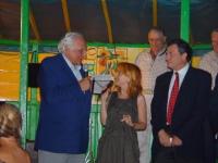 Marco Pannella riceve il premio Matto 2003.