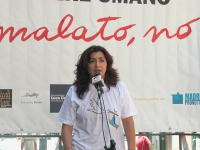 "Monica Soldano - presidente dell'associazione ""Madre Provetta"" - interviene alla staffetta oratoria davanti al Senato, mentre è in corso la discussion"