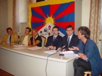 """Incontro pubblico: """"Quale futuro per il Tibet, quale futuro per la causa tibetana?"""", presso il Consiglio Regionale del Piemonte. Partecipano: con Gian"""