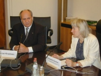 Conferenza stampa con Alessandra Zendron (presidente del Consiglio Provinciale di Bolzano) e Oumar Khambiev, ministro della Sanità del governo ceneno.