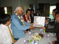Nel corso di un incontro della delegazione radicale in Cambogia (in vista delle elezioni di luglio) con la Khmer Kampuchea Krom Community, Marco Panne