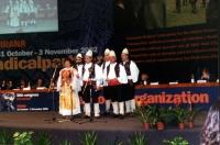 38° Congresso, II sessione. Un complesso folkloristico albanese.