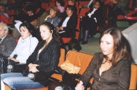38° Congresso, II sessione. Rebeka Dremelj, Miss Slovenia 2001; Sofia Hedmark, Miss Sweden World; Susanne Zuber, Miss Italy World.