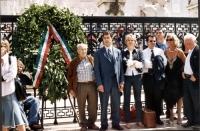 """?????Manifestazione davanti al monumento del Milite Ignoto, """"per la legalità della Repubblica"""". Accanto a una corona di fiori deposta dai Radicali Ita"""