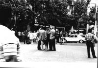 manifestazione radicale nell'anniversario del soffocamento della primavera di Praga. Giuseppe Lorenzi con telecamera (di schiena) fermato dalla polizi